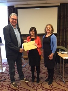 Prof Niesters and Dr Susan Knowles, ISCM President congratulate Dr Emer Doolan, winner of the rapid fire presentation prize